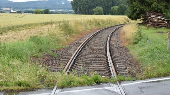 Die Gleisstrecke der VLO in Richtung Bad Holzhausen wird modernisiert.
